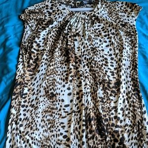 Liz Claiborne animal print top